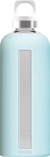 SIGG Star Glacier, Glas-Trinkflasche mit Silikonhülle, 0.85 L, Hitzebeständig, BPA Frei, Türkis